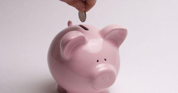 1495488655_ahorrar-dinero-alcancia